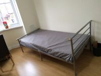 A room to share near Hounslow Central Station for Professionals Only