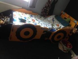 Kids jcb bed