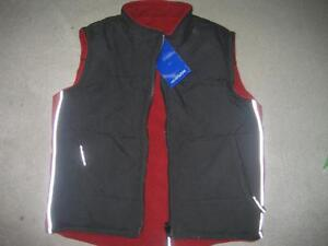 BRAND NEW REVERSIBLE QUILTED VEST - S (4/5)