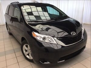 2017 Toyota Sienna LE: Damage Free, Power Doors.