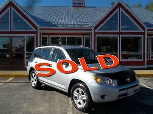 2008 Toyota RAV4 AWD!! ONLY 98, 000 LOW KMS!!!! AIR!! CRUISE!!
