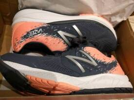 Ladies 7.5 trainers brand new