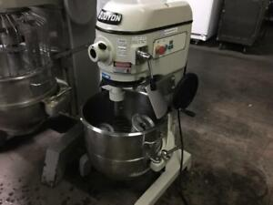 "20"" Doyon dough mixer model SM402NA like new only $1995!"