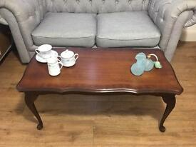 LOVELY VINTAGE COFFEE TABLE FREE DELIVERY 🇬🇧QUEENS ANNE