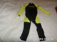 Yellow and black marlin aqua pro,,Wet Suit
