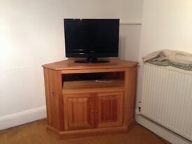 Corner TV Unit Pine - Solid, Great Condition