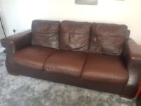 3 + 2 seater brown leather sofa in very good condition