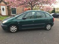 Citroen Picasso 1.6 ,, mot and taxed,, £525ono ,, very low miles ,,