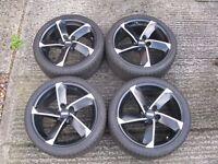 Fondmetal 18'' alloy wheels and Falken tyres