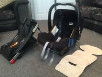 Britax Baby Safe car seat with Isofix base & summer accessory