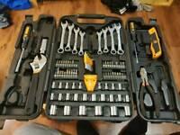 50 piece rachet/drill/screwdriver/hand tool set