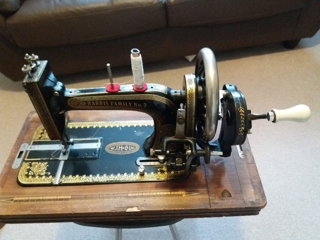 Antique sewing machine - Harris Family No.2.