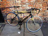 Giant road bike S £200