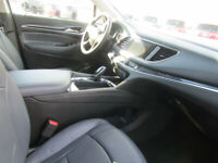 Miniature 23 Voiture American used Buick Enclave 2018