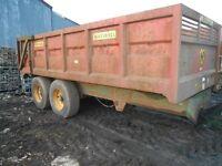 Agricultural trailer
