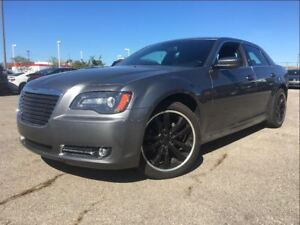 2012 Chrysler 300 S | PANOROOF | LEATHER | NEW TIRES |