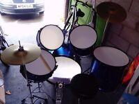 Drumkit beginner kit.