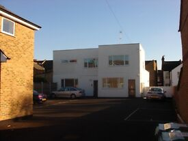 Very Large 1 Bedroom Flat with Parking & Furnished