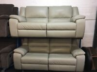 NEW / EX DISPLAY LIGHT GREY LAZYBOY FINCHLEY LEATHER 3 +3 SEATER ELECTRIC RECLINER SOFAS 70% Off RRP