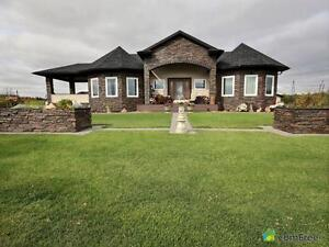 $893,000 - Bungalow for sale in Leduc County