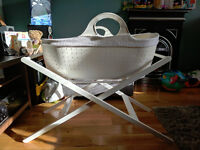 Moba Moses Basket & Stand