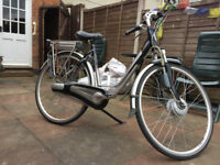 Gazelle Electric Bike with upgraded silver battery. Reduced price £600 (not lower please)