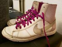 Trainers for girl Nike size 4
