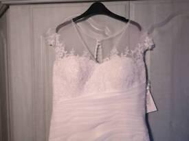 Brand new wedding dress for sale!