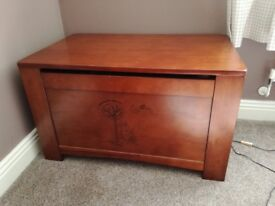 Toy box and changing unit/chest of drawers