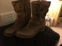 Ladies Timberland boots, size 4.5