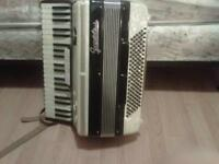 Accordeon Chromatique 120 basses