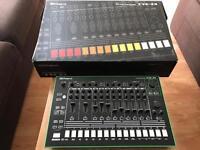 Roland TR-8 Rhythm Performer (with 7X7 expansion)