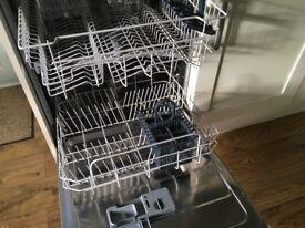 Hotpoint LFT114 Integrated Dishwasher