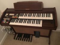 Electric Organ for sale with stool and instruction Manual