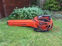 Flymo GardenVav EV650. Leaf blower & vacuum with operating manual. Buyer collects.