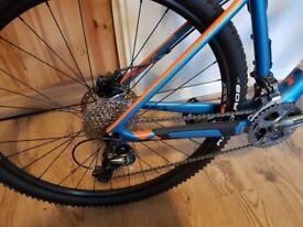 Mountain bike Felt.