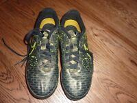 Boys Nike Footbal Boots Magista Size 5 (EUR 38)