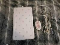 Baby sensor/breathing monitoring pad