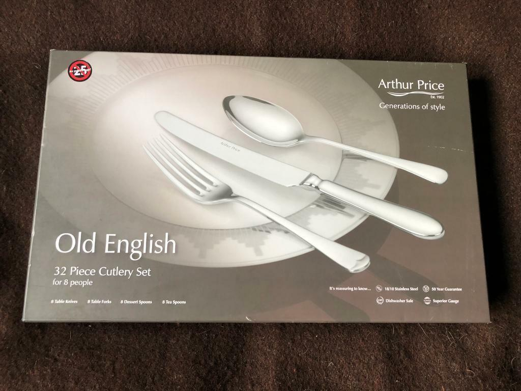 ARthur price old english 32 piece cutlery set