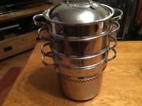 Set of 4 Steaming Pots with Lid