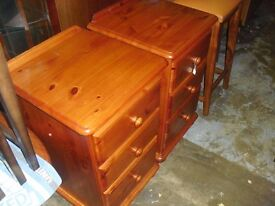 Great Quality Pair Of Bedside Chest Of Drawers