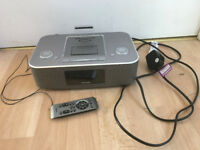 Philips DSC390/05 clock radio and dual iphone/ipod dock