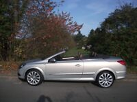 CONVERTIBLE ASTRA 1.8 DESIGN TWIN TOP ONLY 72,000 MILES