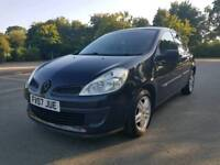 Renault Clio privilege black addition