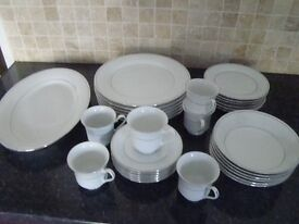 Crown Ming dinner service for six plus cups, saucers and and one platter type plate £25.