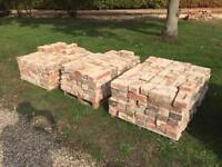 1000 reclaimed soft red bricks