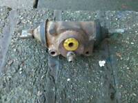 Renault dodge rear wheel cylinder