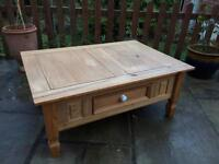 GORGEOUS SOLID PINE COFFEE TABLE