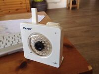 Security camera - wireless SD card storage included. (Y cam knight SD)