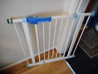 lindam pressure fix stair gate with fittings
